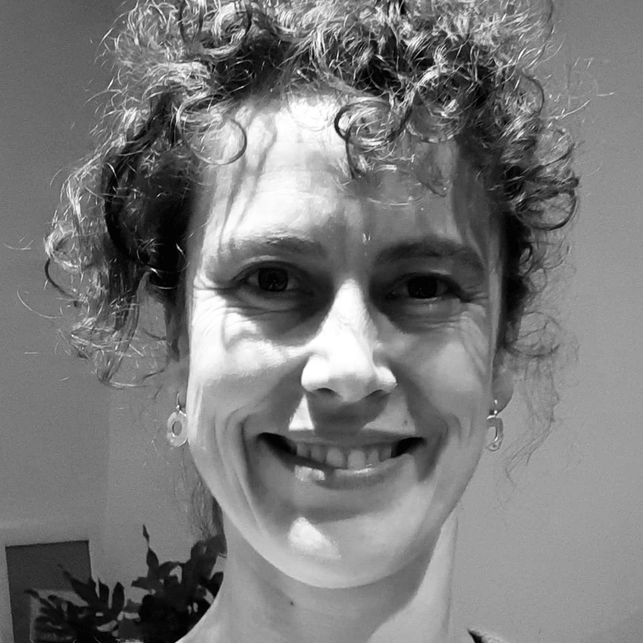 Profielfoto Katja Pandelaers - Atelier-K! | Cursussen & workshops keramiek voor volwassenen in Merksem